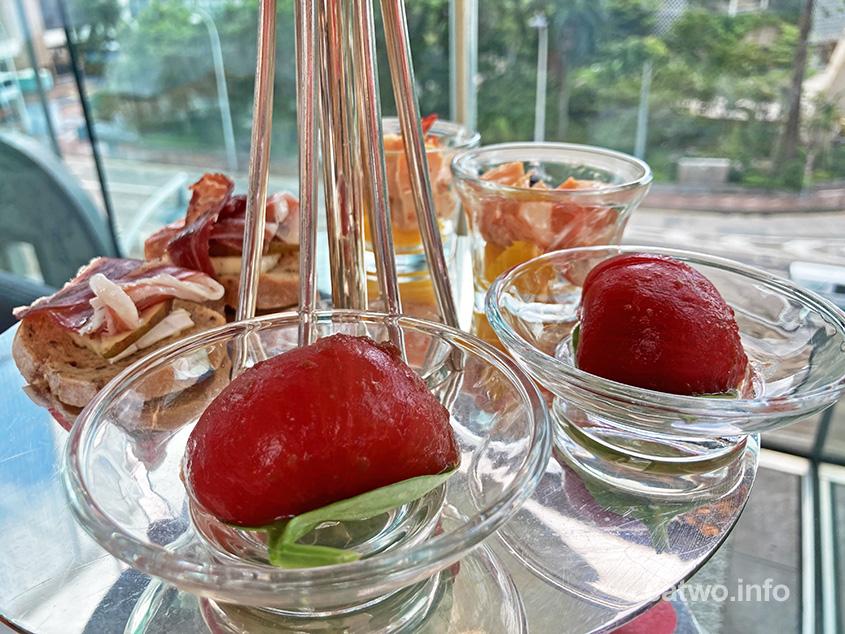 日本桃太郎蕃茄配話梅汁